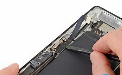 Thay chân sạc iPad 3 chính hãng tại Đà Nẵng
