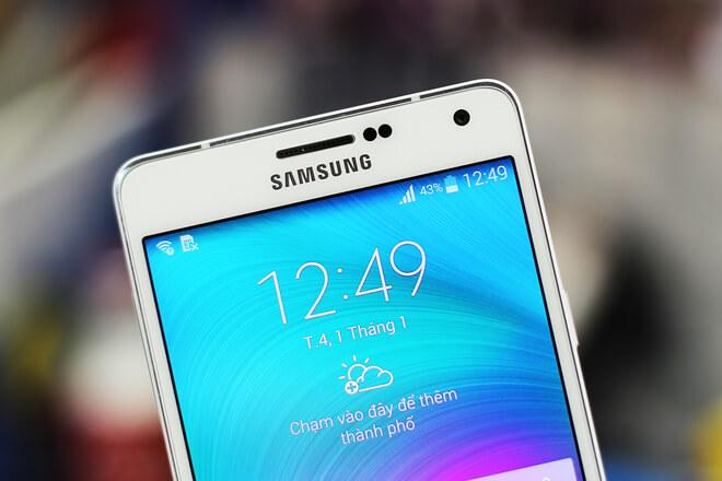 Màn hình Samsung A7 có độ phân giải cao và sắc nét