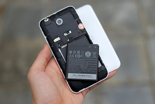 Cửa hàng Techcare nhận thay pin HTC Desire 210 chính hãng tại Đà Nẵng