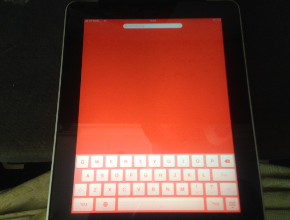 sửa ipad bị màn hình đỏ