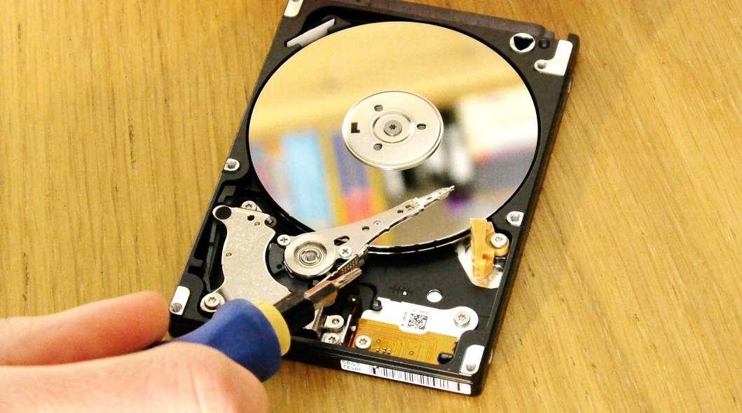 dấu hiệu nhận biết ổ cứng laptop sắp hư hỏng