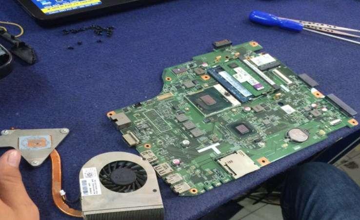 laptop sập nguồn do chipset vga