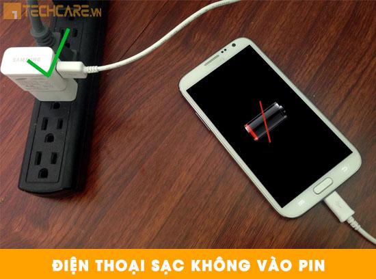 Thay pin Samsung J7 sạc không vào