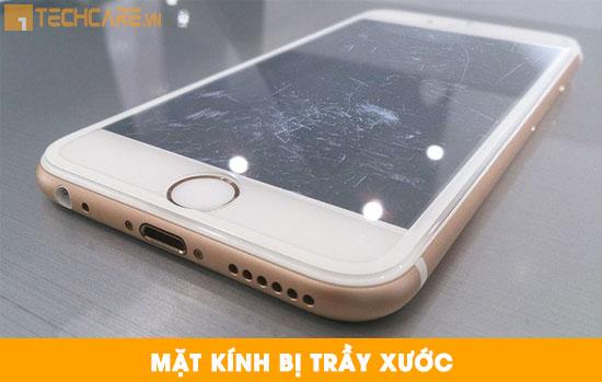 Thay mặt kính Iphone bị trầy xước