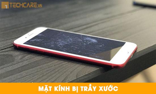 Thay mặt kính Iphone 7 bị trầy xước