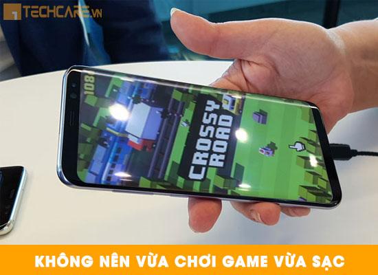 Nguyên nhân khiến pin Samsung nhanh hỏng