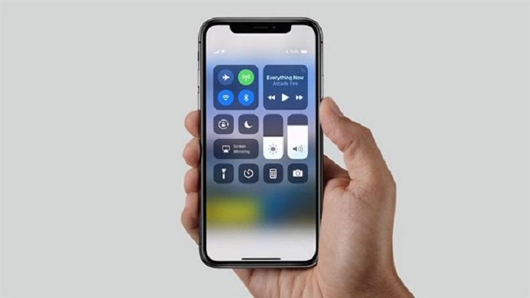 iPhone bị treo táo không nhận itunes