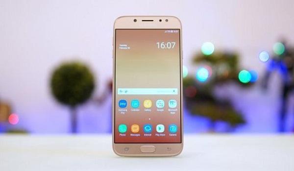 Điện thoại Samsung J7 bị đơ phải làm sao