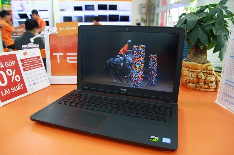 Dòng Laptop Dell Inspiron 5577
