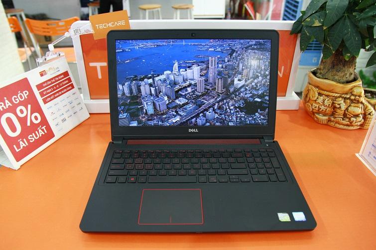 Dell Inspiron 5577 trang bị màn hình kích cỡ lớn 15,6 inch