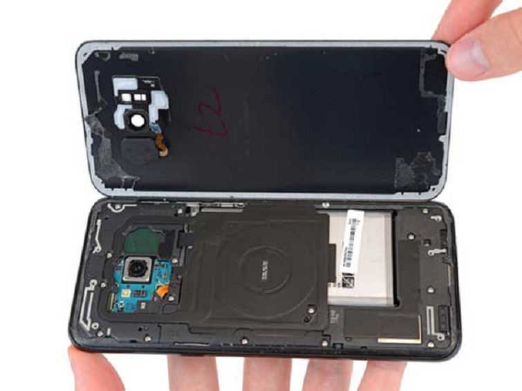 Thay vỏ ốp lưng Samsung Galaxy A6/A6 Plus Đà Nẵng