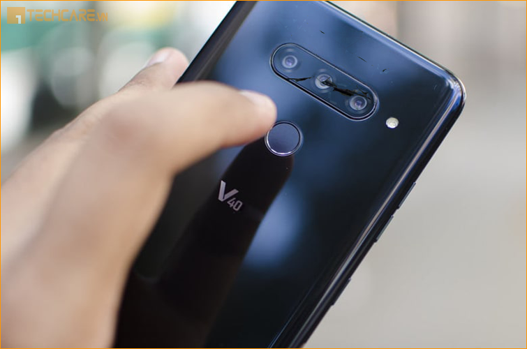 Camera LG V40 bị rơi vỡ