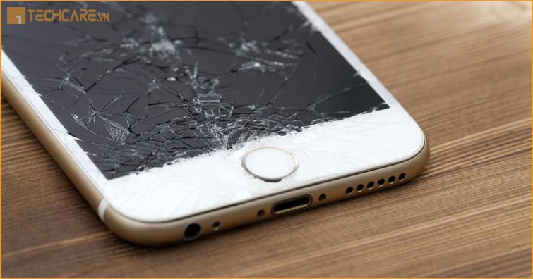 Điện thoại Iphone 7 Plus bị vỡ mặt kính