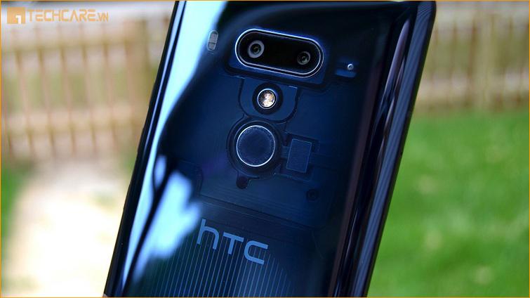 Thay pin HTC U12+ Đà Nẵng