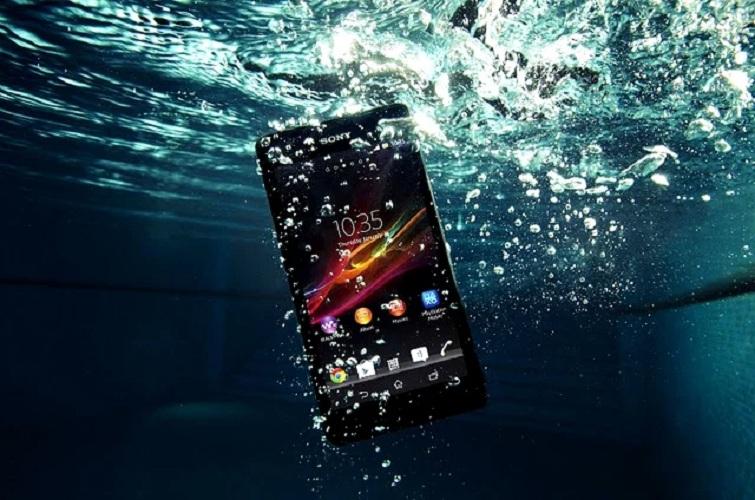 điện thoại vô nước