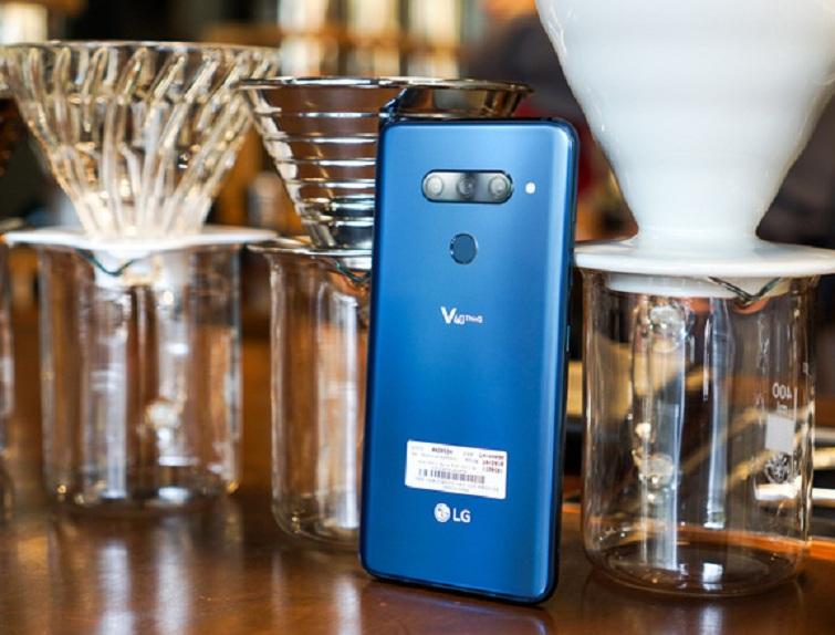 Thay lưng LG V40