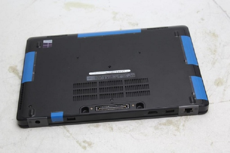 Laptop Dell Latitude E5250 dung lượng pin 4 cells