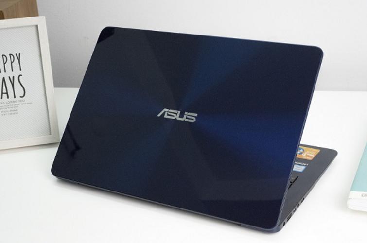 Thiết kế của máy tính thon dần về phía bàn phím
