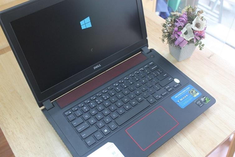 Dell N7447 sở hữu các đường nét thiết kế mạnh mẽ