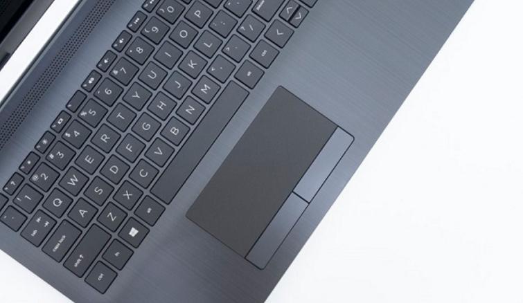 Bàn phím và Touchpad tạo cảm giác thoải mái