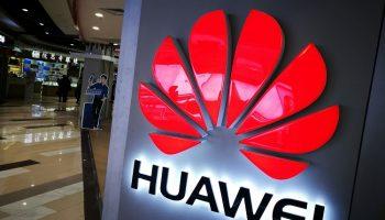 Google ngừng cung cấp các dịch vụ của mình cho hãng điện thoại Huawei