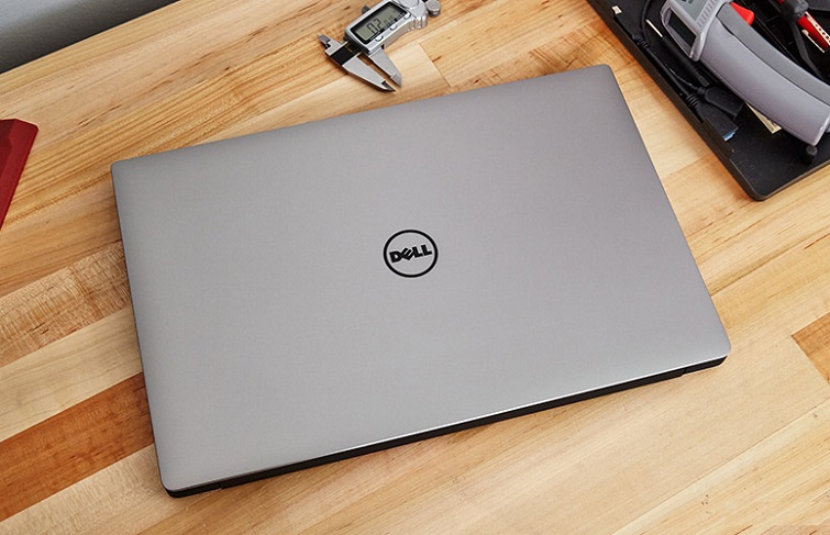 Dell Inc Xps 15 9560
