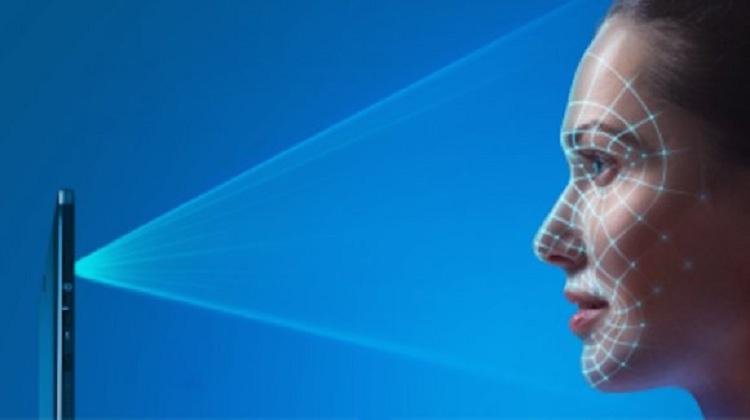iPhone 7 Plus có nhận diện khuôn mặt không?