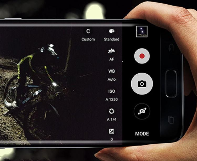 Thử chuyển đổi giữa các chế độ máy ảnh - cách làm camera hết mờ