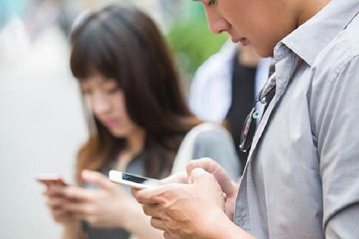 Smartphone làm sai lệch cách nhìn về cuộc sống của học sinh