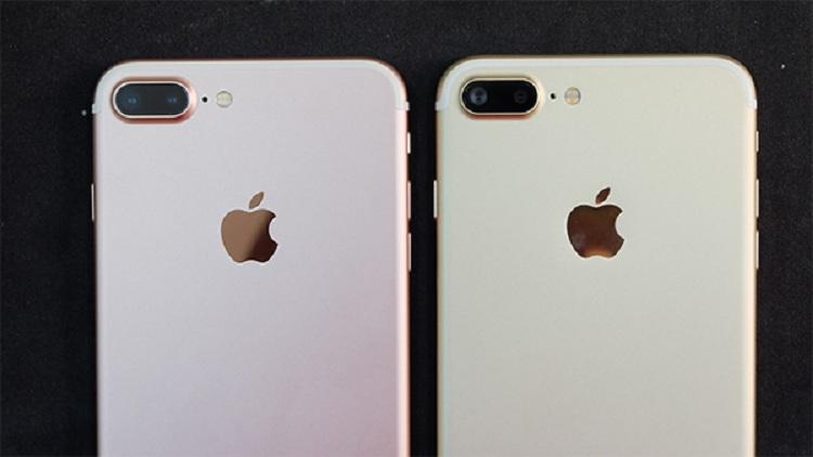 Kiểm tra logo Apple ở mặt sau của iPhone